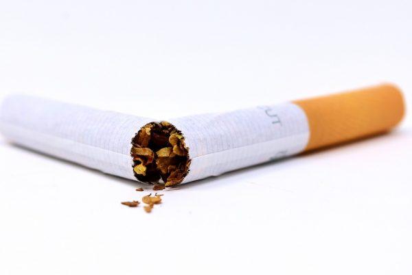 cigarette-3112660_1280